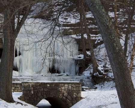 Ice_Falls_3